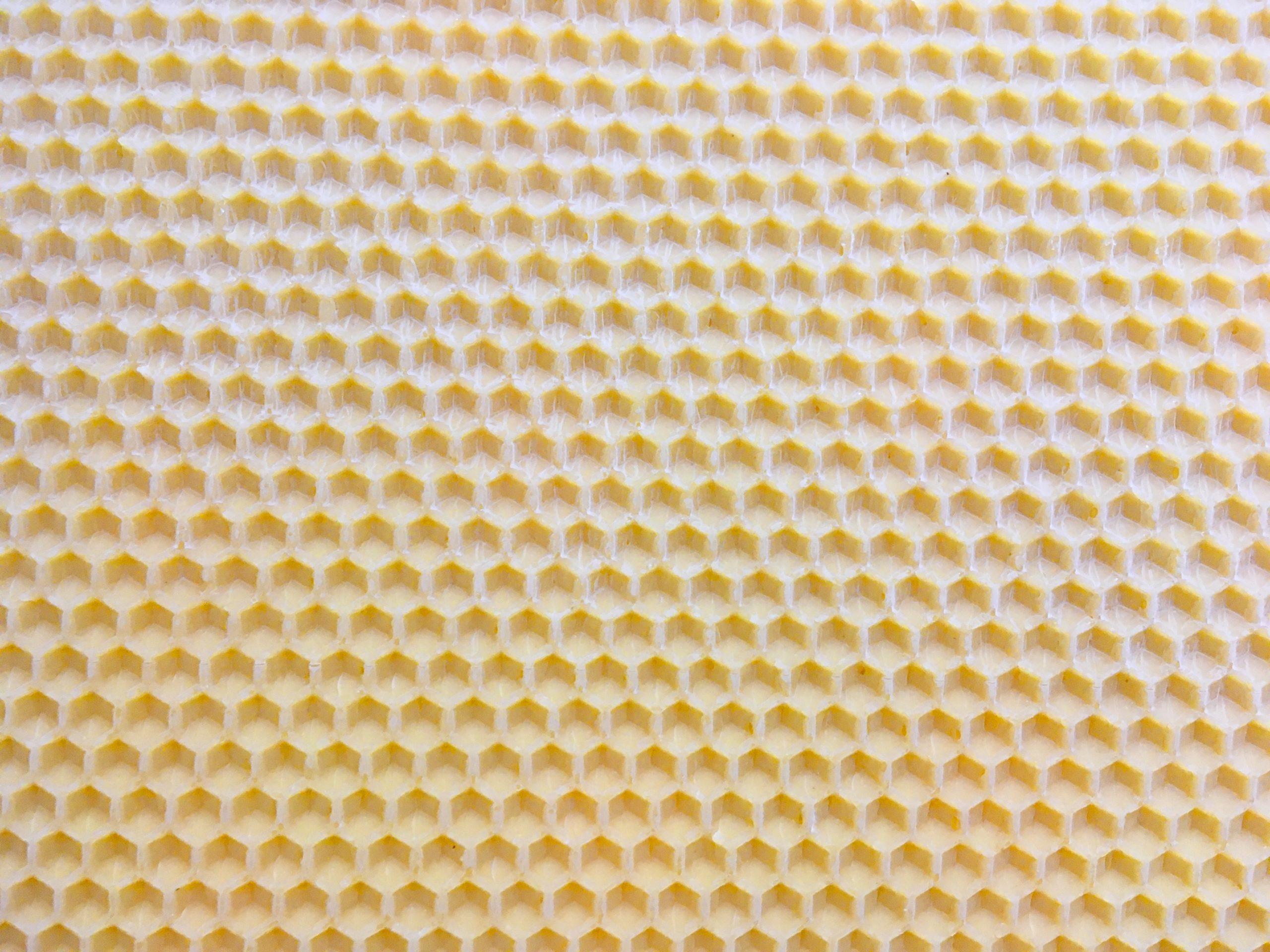 311. Bienenwachs